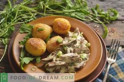 Cūkgaļas nieres ar krējumu ar sīpoliem un kartupeļiem