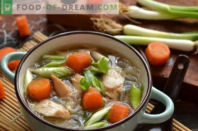 Supă de pui chinezesc cu Funchoza