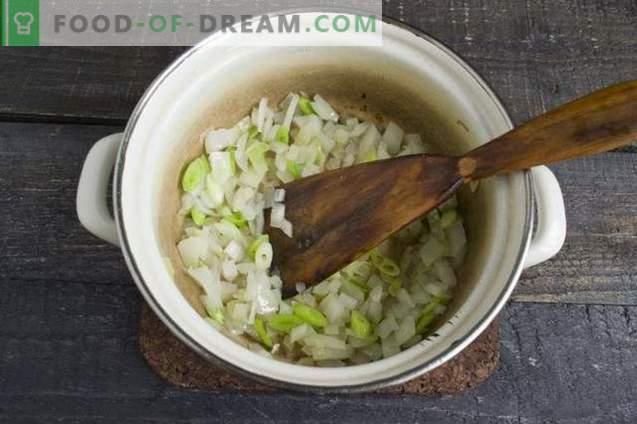 Zuppa di crema di pollo con crostini