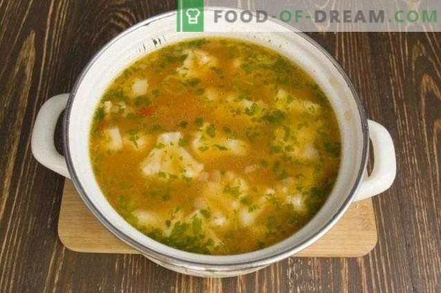 Sopa vegetariana con coliflor