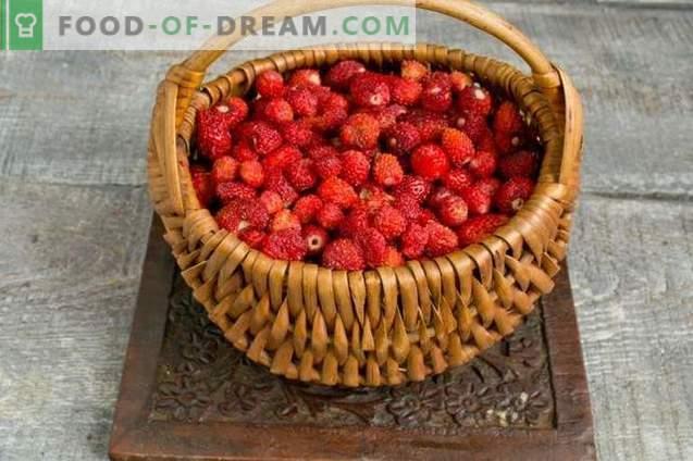 Confettura intensa di fragole o fragole