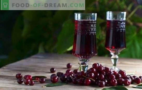 Liquore di ciliegie in casa - la regina rubino sul tavolo! Cottura delizioso liquore di ciliegie a casa