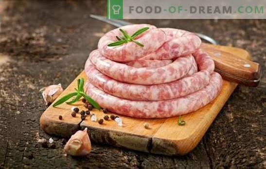 Salsiccia di maiale e manzo fatta in casa: qualità ed economia. Salsicce fatte in casa di maiale e manzo - deliziose!