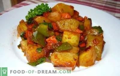 Тиквички задушени со домати, пилешко, сирење, јајце. Оригиналниот служебник на тиквички задушени со домати во сос од крем и павлака