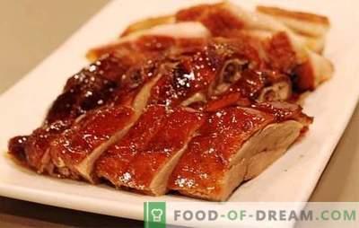 L'anatra nel fornello lento è un gustoso uccello! Ricette di piatti diversi dall'anatra nella pentola a cottura lenta: in umido e fritto