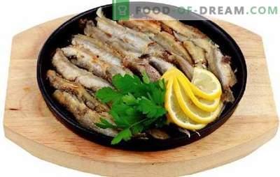 Bon marché et savoureux - capelan frit dans une poêle à frire. Recettes populaires et faciles à cuisiner de capelan frit dans une casserole