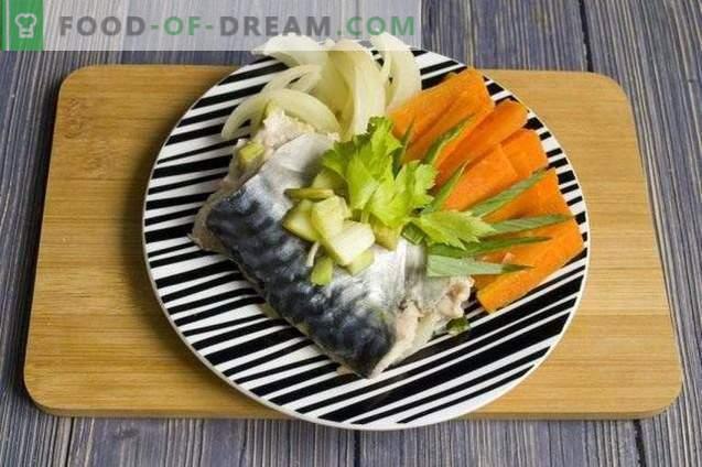 Sgombri in carta stagnola, al vapore con verdure