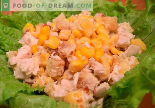 Insalata con cracker e mais - le migliori ricette. Come correttamente e gustoso per preparare un'insalata con cracker e mais.