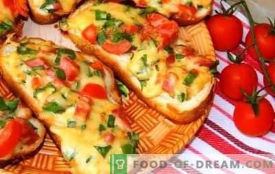 Panini caldi con formaggio fuso - quasi pizza! Ricette di diversi panini caldi con formaggio fuso, salsiccia, uovo