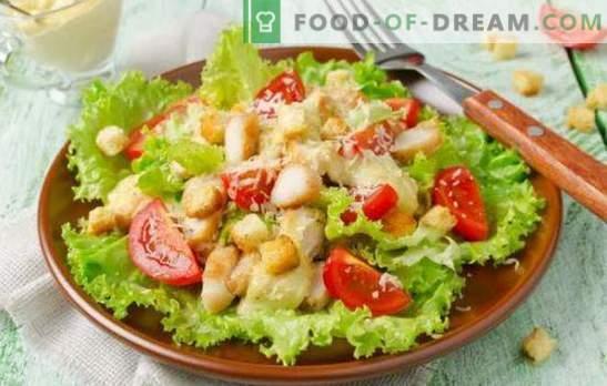 Caesar salad with maionese: dalle ricette semplici a quelle squisite. Come cucinare una deliziosa insalata Caesar con maionese