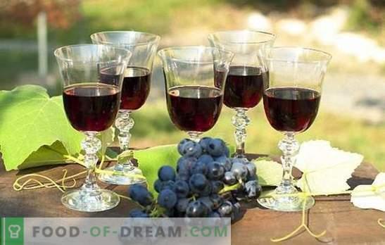 Вино от черно грозде: подготовка на суровини и технология за приготвяне. Рецепти за домашно черно гроздово вино