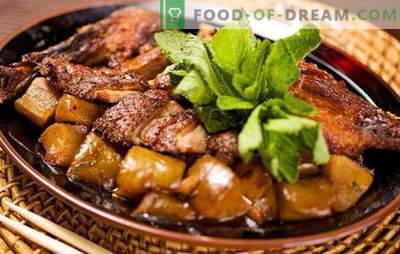 Hoe kook je een eend met aardappelen in de oven? Zeer smakelijke recepten eend met aardappelen in de oven, niet alleen voor de feestdagen