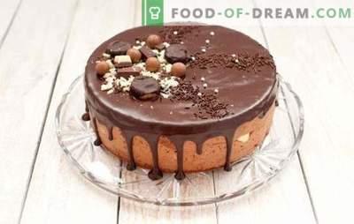 La torta di brownie è tutta cioccolata. Ricette semplici di biscotti brownie: con ciliegie, miele, noci, prugne, in un forno e una pentola a cottura lenta