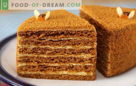 Torta al miele con crema pasticcera - tenera! Semplice e complesso, con latte condensato e panna acida: ricette dolci al miele con crema pasticcera