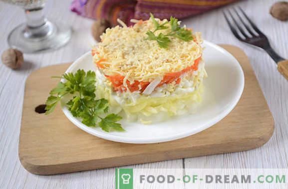 insalata francese con carote: porzionato, bello e saporito Ricetta fotografica dell'autrice per preparare l'insalata in francese con carote, uova, mele e noci