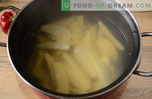 Pollo al forno con patate: una ricetta fotografica passo-passo. Facciamo un pollo con patate, pepe e funghi - un minimo di sforzo, un risultato delizioso!