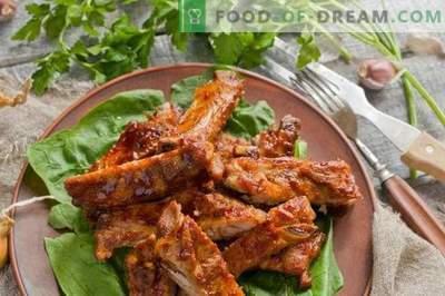 Costine di maiale al forno con salsa al miele