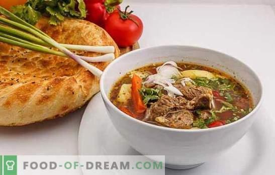Shurpa in Uzbek is a win-win version of nourishing hot. Cooking flavored, delicious Uzbek shurpa with lamb, beef