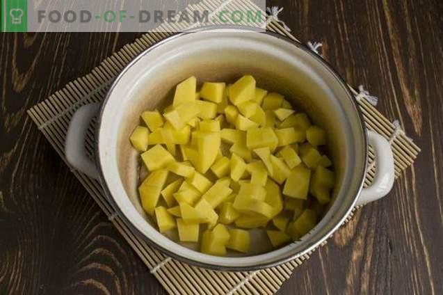 Zuppa crema di fagioli in scatola
