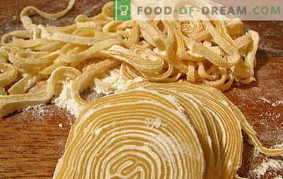 Spaghetti fatti in casa: un capolavoro di cucina casalinga! Come preparare gli spaghetti a casa: ricette per alimenti nutrienti ed economici