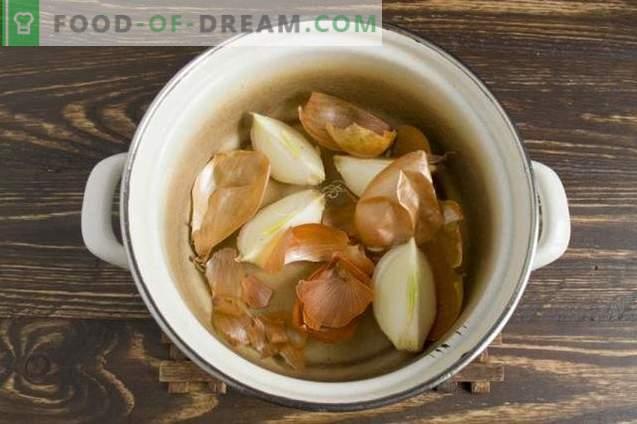 Petto di maiale bollito nella buccia di cipolla