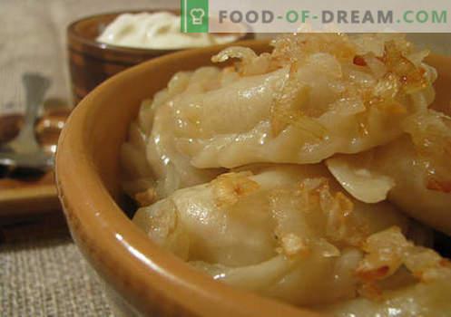 Gekookte dumplings zijn de beste recepten. Hoe thuis en op de juiste manier lekkere custard dumplings te maken.