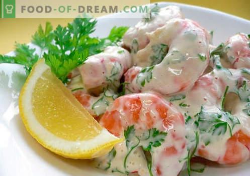 Insalata di granchio con gamberi - una selezione delle migliori ricette. Come correttamente e gustosa insalata di granchio cotta con gamberetti.