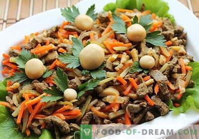 Le insalate di fegato sono le migliori ricette. Come preparare correttamente e deliziosamente le insalate dal fegato.