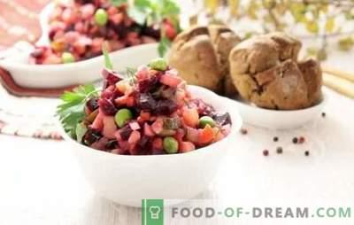 Vinaigrette classica: una ricetta passo-passo per l'insalata più luminosa. Cucina classica con ricette step-by-step con cavoli e cetrioli