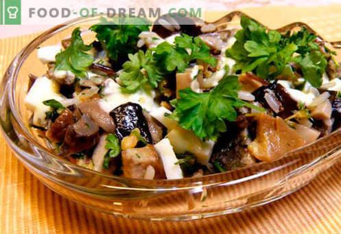 Insalate con champignons in salamoia - cinque migliori ricette. Come cucinare insalate con champignon marinati correttamente e gustosi.